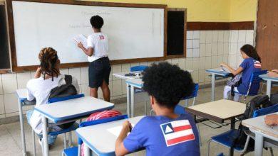 Photo of Programa abre 10 mil vagas para alunos monitores em escolas estaduais