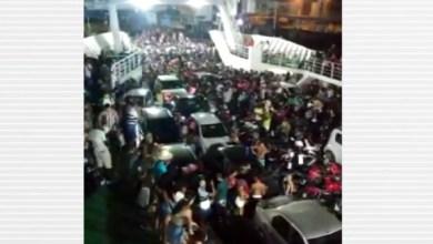 Photo of Passageiros fazem festa paredão com carros dentro de ferry boat na Bahia