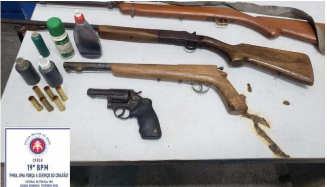 Photo of Jequié: Galpão com carga roubada é descoberto em ação da polícia; armas da quadrilha também estavam no local