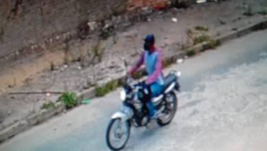 Photo of Homem tem moto furtada na porta de casa em Conquista; vídeo mostra momento exato da ação