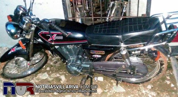 motocicleta-abandonada