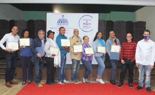 concluye-con-exito-primera-muestra-microteatro-dominicano-en-comisionado-cultura-ee-uu