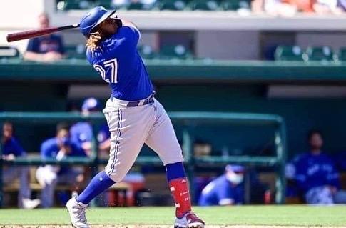 Líderes Ofensivos Dominicanos en la Primera Mitad MLB 2021