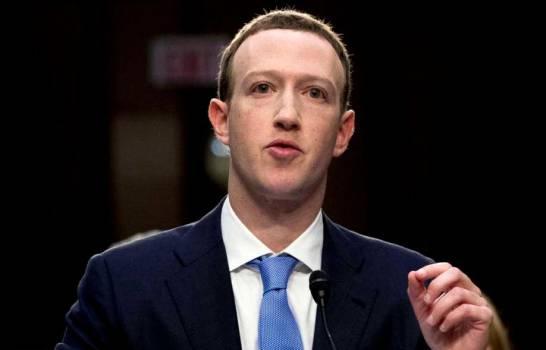 por-caida-de-facebook-zuckerberg-pierde-5900-millones-de-dolares