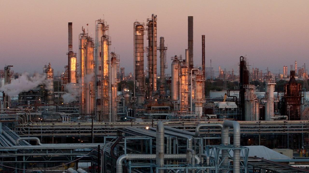 Moody's baja calificación de Refinería Deer Park tras compra de Pemex