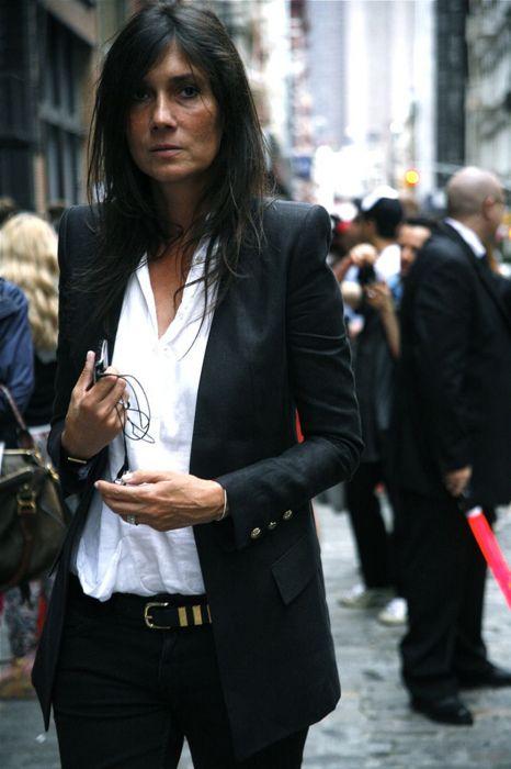 come abbinare un blazer nero