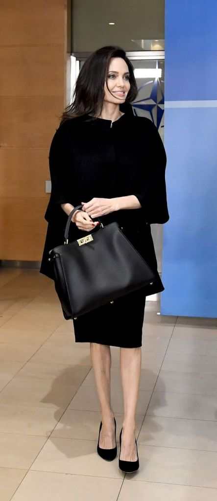 le migliori it bag 2020 angelina jolie con fendi peekaboo