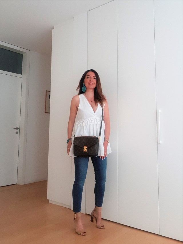 best value 20a6d d6058 What to Wear in Summer: White Linen and Jeans – no time for ...