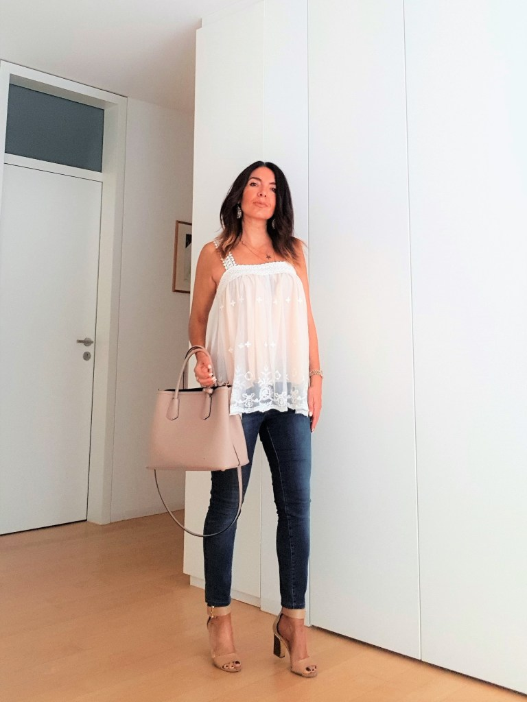Summer Outfit: Jeans and a Cute Top
