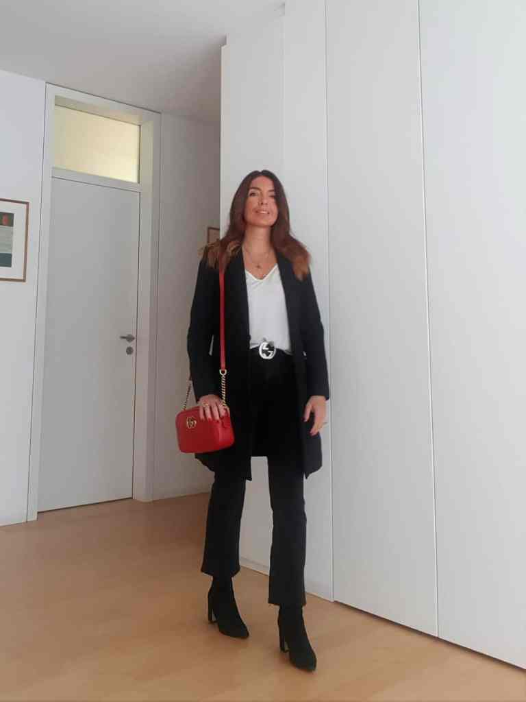 How to style a red bag: first outfits