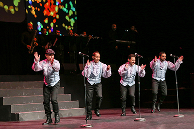 Un Exito Total el Reencuentro de Manny Manuel con Los Sabrosos del Merengue