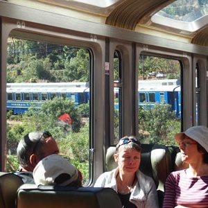 Turistas extranjeros en Perú tienen gasto promedio per cápita de 985 dólares