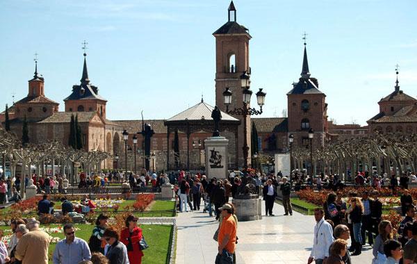 Alcaldes de Toledo y Alcalá de Henares viajan a Perú a promocionar las 15 Ciudades Patrimonio