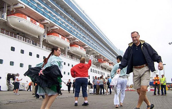 Mincetur pronto habrá novedades sobre terminal portuario para llegada de Cruceros al Callao