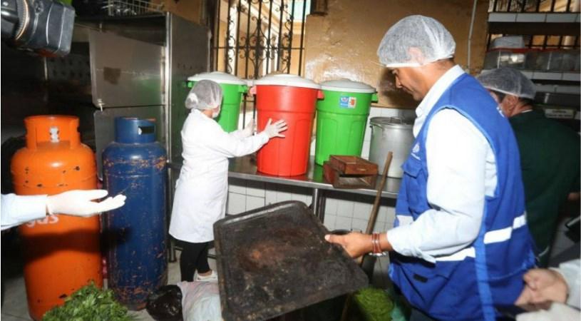 Centro de Lima: Clausuran tradicional bar Cordano tras hallar un roedor muerto