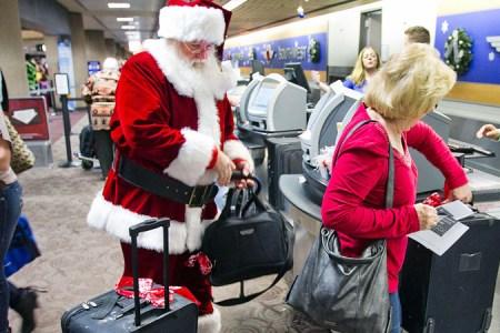 Navidad: Los mejores videos de bienvenida en aeropuertos del mundo