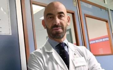 """Coronavirus, Bassetti: """"Stop mascherine e green pass a gennaio con 90% di vaccinati"""""""