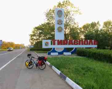 entering Tiraspol from the East