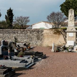 Loix - Monument aux morts