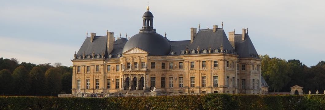 Das Schloss Vaux-Le-Vicomte läd ein.
