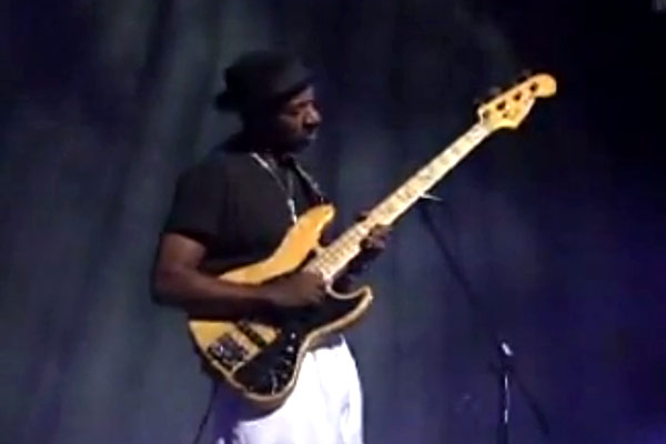 Marcus Miller Band: Moonlight Sonata Live