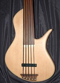 Erizias Arius Semi-Acoustic 33