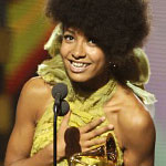 Esperanza Spalding and Stanley Clarke Among 2011 Grammy Winning Bassists