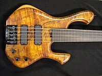 Skjold bass - front