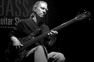 Michael Manring Announces Fall/Winter Tour Update and Clinics