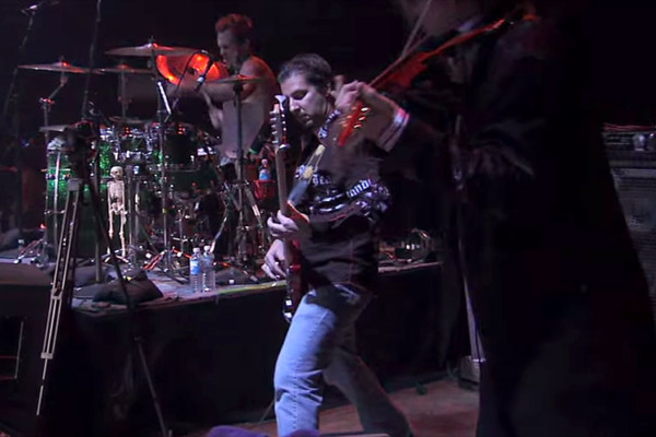 "Steve Vai: ""Now We Run"", Live with Bryan Beller"