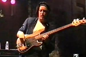 Jeff Andrews: Live Bass Solo with the Mike Stern Band