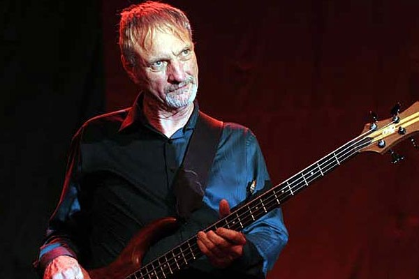 "In Memoriam: Dan ""Bee"" Spears, Willie Nelson's Longtime Bassist"