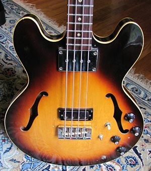 1968 Gibson EB-2D Bass (body front)