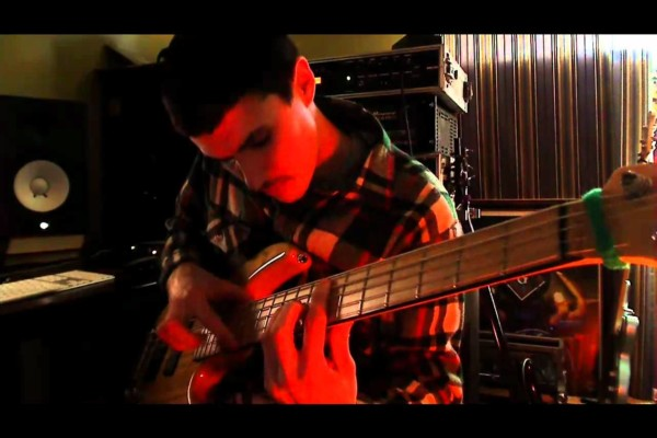 Evan Brewer: Jimi Hendrix Bass Medley