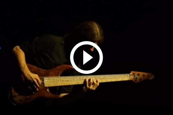 """Simon Fitzpatrick: Solo Bass Cover of """"Stairway to Heaven"""""""