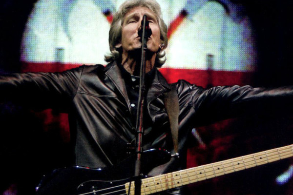 "Roger Waters Announces Final and Largest Production of ""The Wall"""