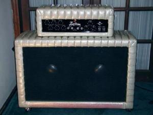 """1960's Kustom Model 200 """"Tuck & Roll"""" Bass Amp - full view"""