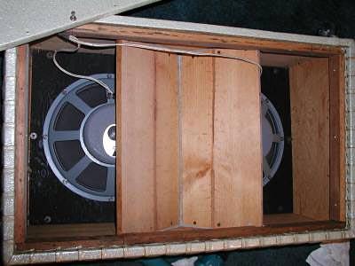 """1960's Kustom Model 200 """"Tuck & Roll"""" Bass Amp - open"""