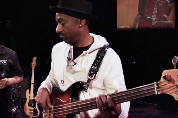 DunlopTV: The Marcus Miller Interview