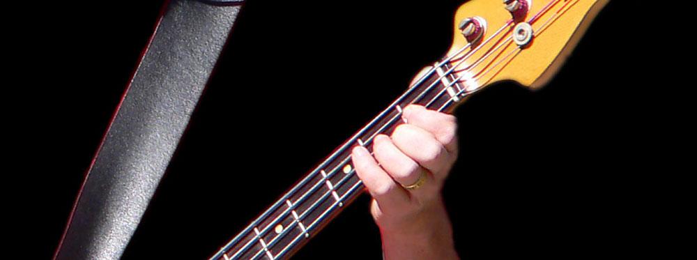 BASS GUITAR BASS PLAYER HAND BASS NECK  FRETS T SHIRT MUSIC