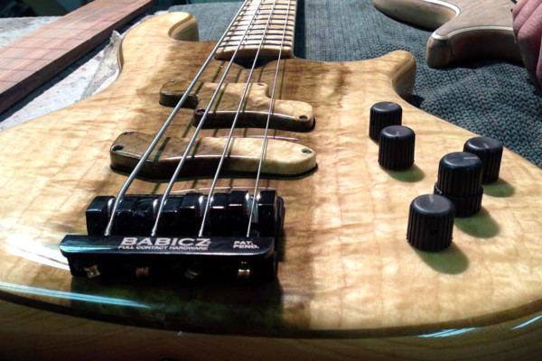 Rybski Introduces Sean O'Bryan Smith Signature Basses