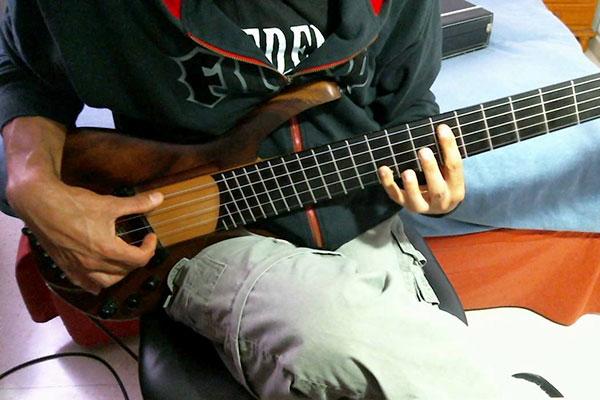 "Jesús Rico Pérez: ""Reproches"" for Solo Bass"