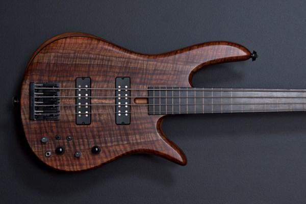Fodera Announces Monarch 4 Fretless Standard Bass