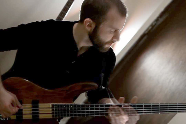 "Mike Semesky: Bass Playthrough of Intervals' ""Mata Hari"""