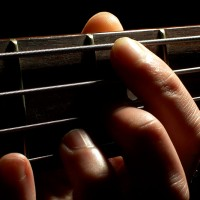 Keeping Your Left Hand Relaxed: 11 Tips for Bass Players
