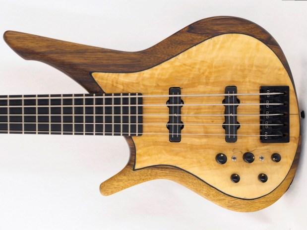 Manne Guitars Kayenta 5-string bass lefty body