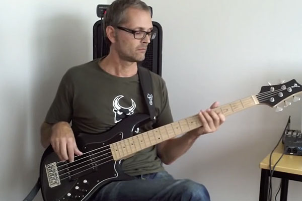 Lesson: How to Groove on Bass