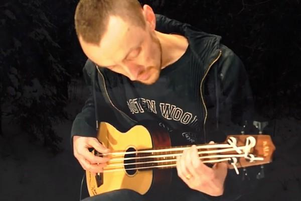 "Magnus Sjöquist: ""Amazing Grace"" on a U-Bass"