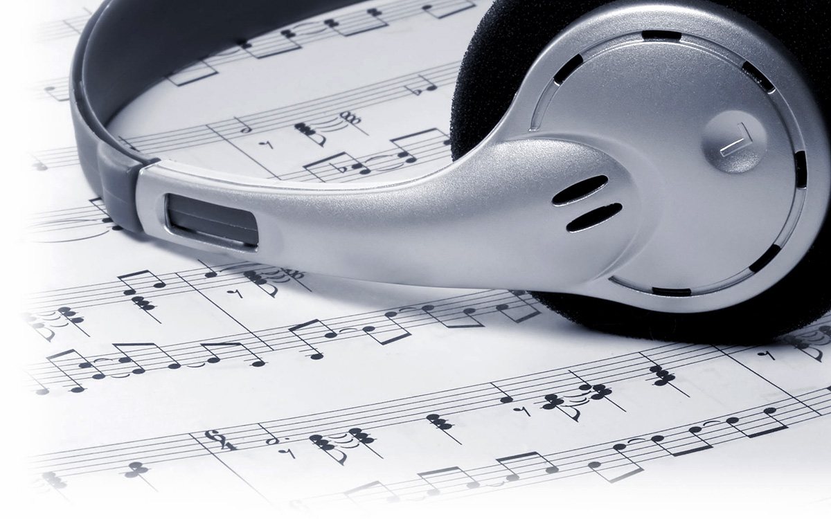 Headphones & sheet music