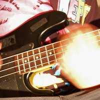 Troubleshooting a Clicking Sound From Your Bass